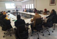 الصورة من أول حصة في الورشة التدريبية لمواكبة بعض أرباب مقاولات الطباعة تحت إطار التدبير والتخطيط المؤسساتي